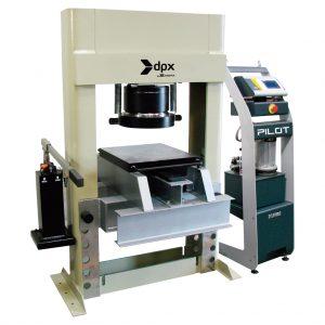 Máquina multiensayo CT-311/C para ensayos a compresión y flexión en probetas de concreto, mortero, arcilla, mampostería y otros