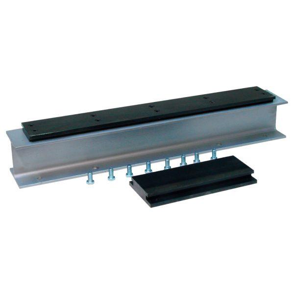 Juego de platinas para la instalación de soportes superiores e inferiores en ensayos de flexión. REF: CT-311/P